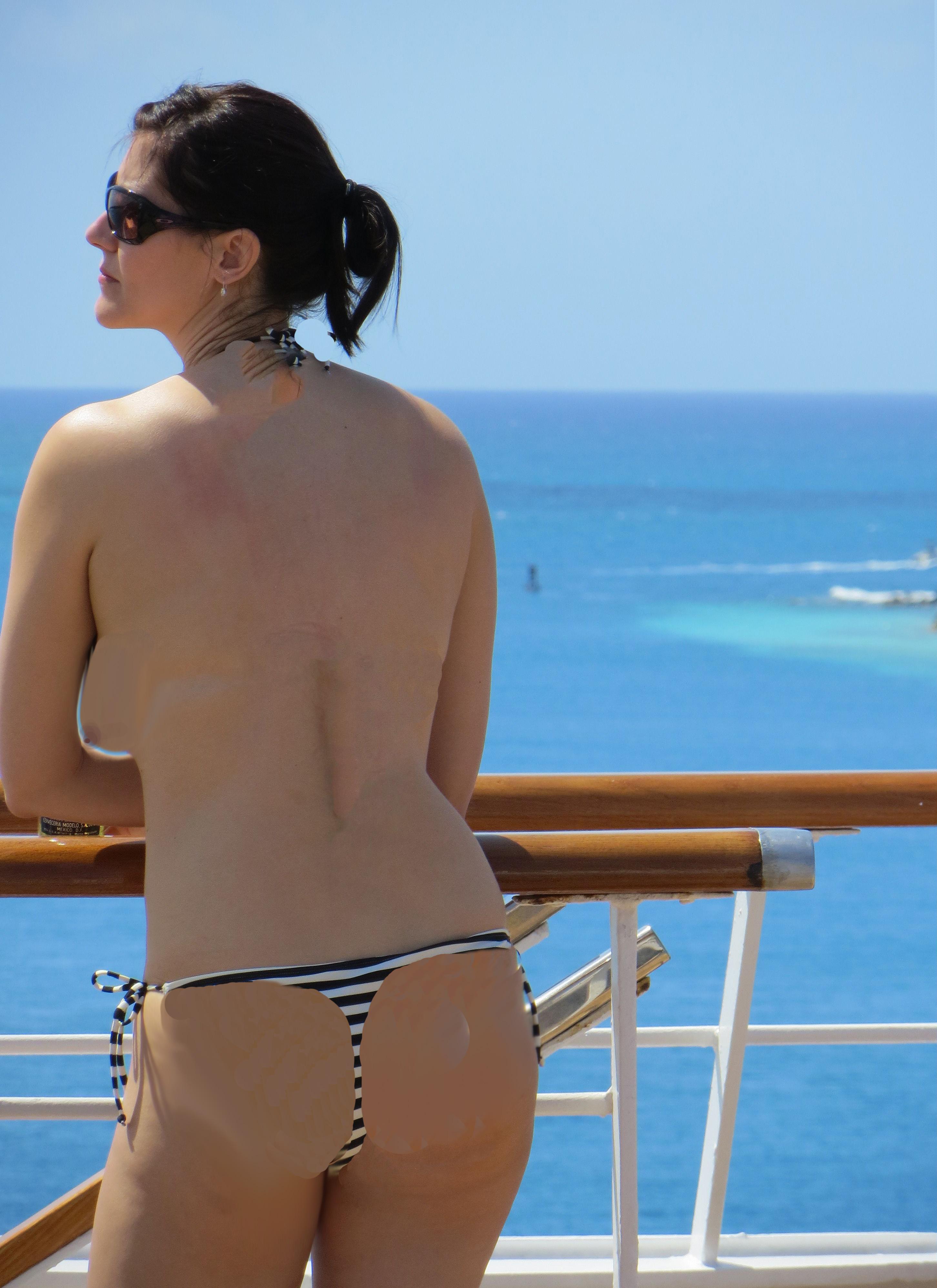 bikini cruise topless 10 12 13b nudist swinger swingers
